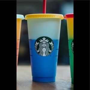 Starbucks color changing cups for cold drinks